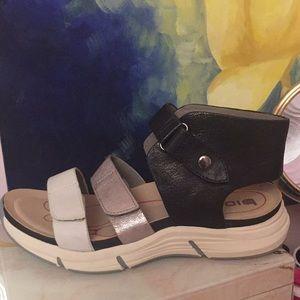 Summer sandal comfort shoe